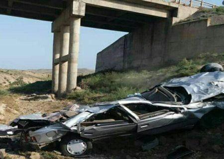 سقوط خودرو پژو۴۰۵ به دره در جاده پارس آباد جان راننده را گرفت