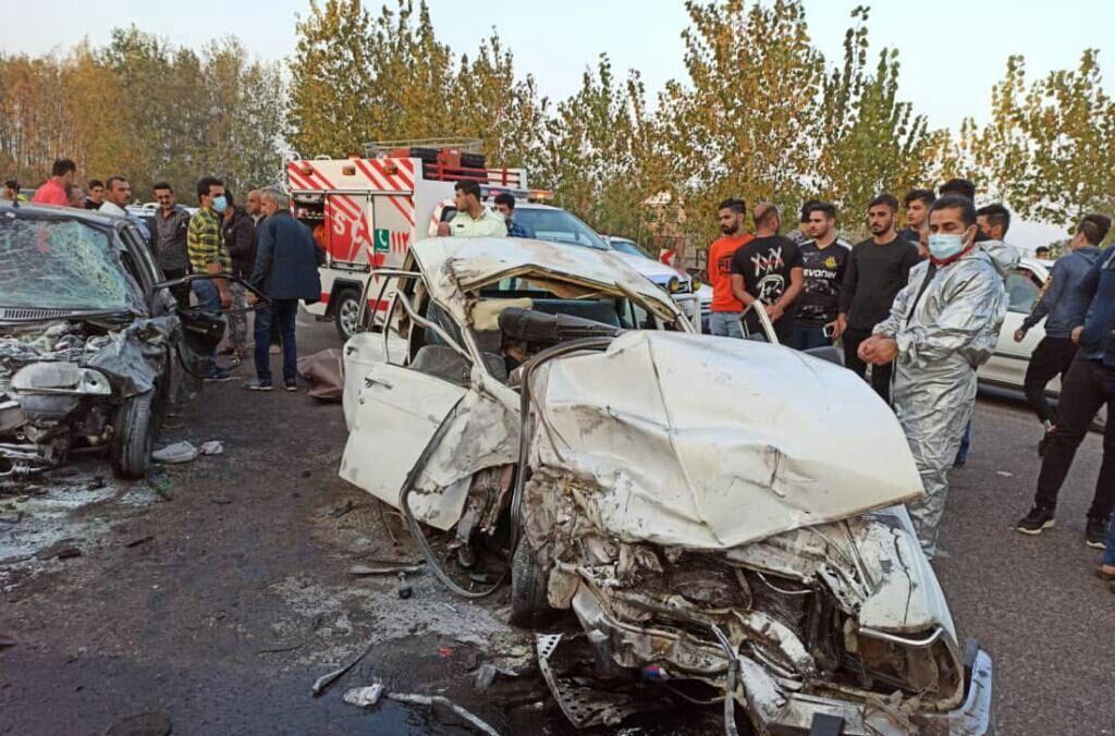 تصادف مرگبار در آستانه اشرفیه منجر به کشته شدن دو نفر  شد