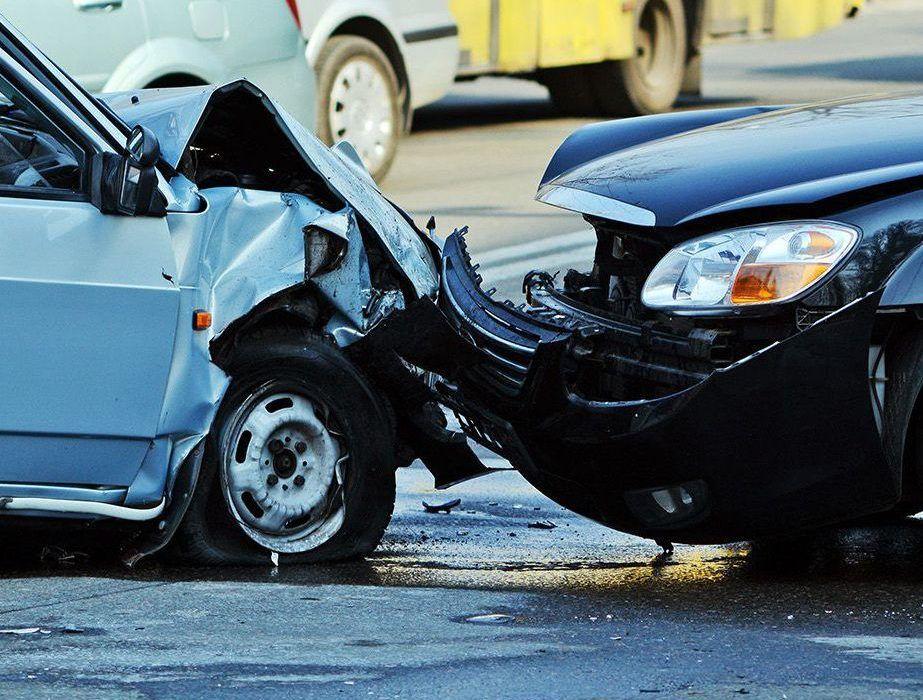 چرا انحراف به چپ از مهم ترین عوامل تصادفات مرگبار است ؟