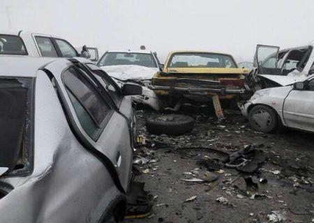 تصادف زنجیره ای در شیراز ١١ مصدوم داشت