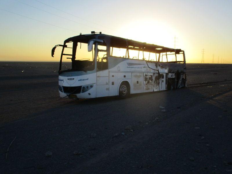 سوختن اتوبوس کرمان-تهران در آتش