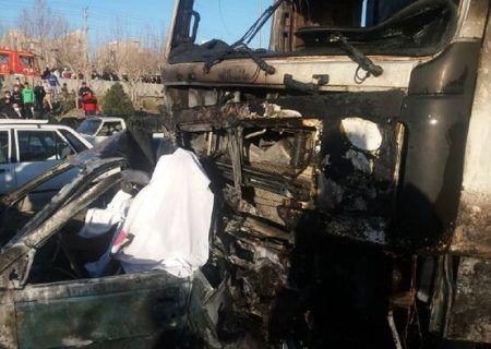 تصادف مرگبار در تهران سه سرنشین پژو در آتش سوختند