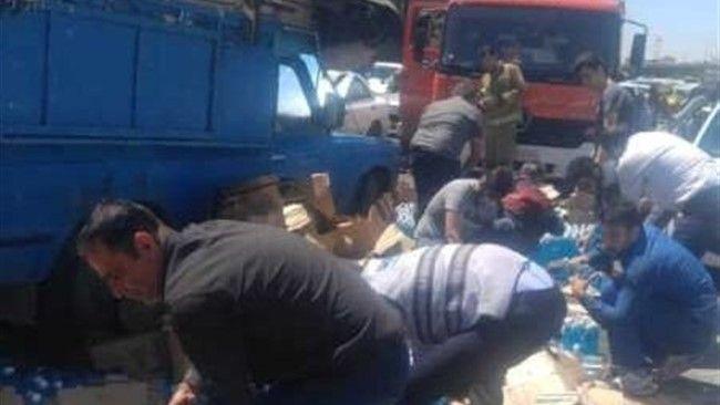 تصادف نیسان در شوشتر ۱۲ کارگر مصدوم شدند