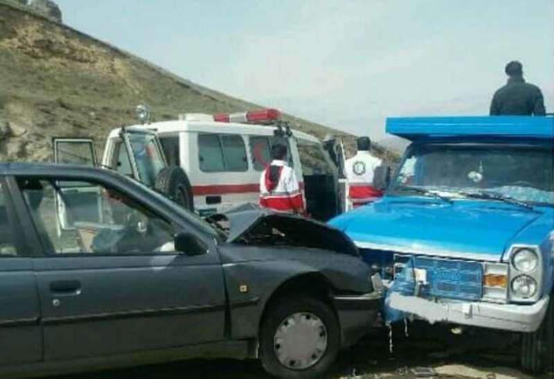 تصادفات مرگبار محورهای ساوه و زرندیه ۲۵ مصدوم داشت