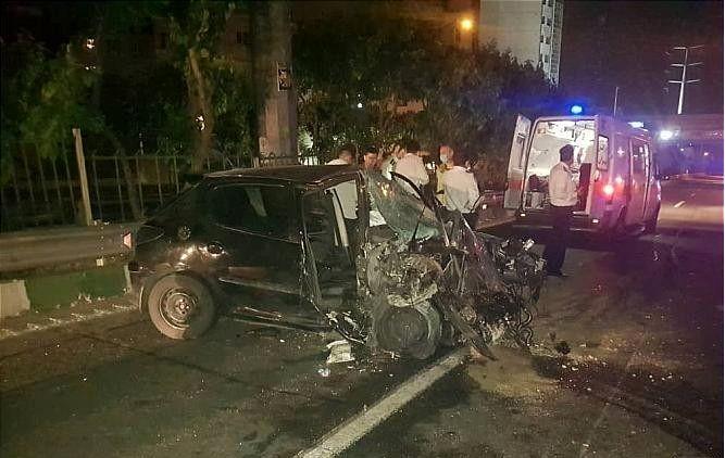 خبر تصادف مرگبار بزرگراه کردستان بین خودروی سواری و کامیون تریلی