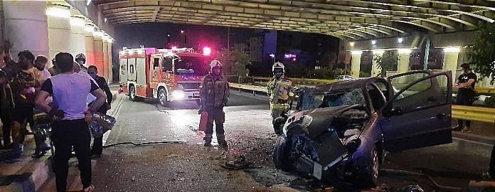 تصادف مرگبار پژو در تهران با کامیون حامل بار  ۲ نفر مصدوم شدند