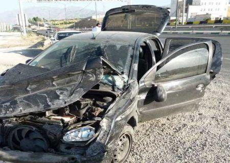 تصادف مرگبار بزرگراه لشکری بین خودرو پژو و اتوبوس دو مصدوم برجای گذاشت