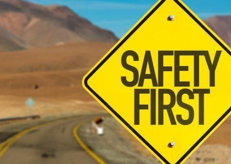شرح وضعیت تصادفات رانندگی و عوامل موثر بر آن: ایمنی راه ها ، سیاست گذاری،آموزش رانندگان و غیره