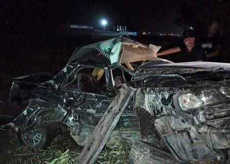 تصادف مرگبار امروز کازرون منجر به کشته شدن سه نفر و مصدومیت ۲ نفر گردید