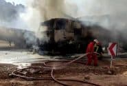 تصادف ایسوزو با تانکر سوخت در جاده بوشهر به بهبهان سه مصدوم برجای گذاشت