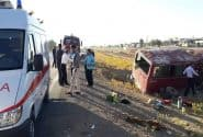تصادف امروز خرمآباد-کوهدشت بین خودروی سواری سمند با یک دستگاه مینیبوس